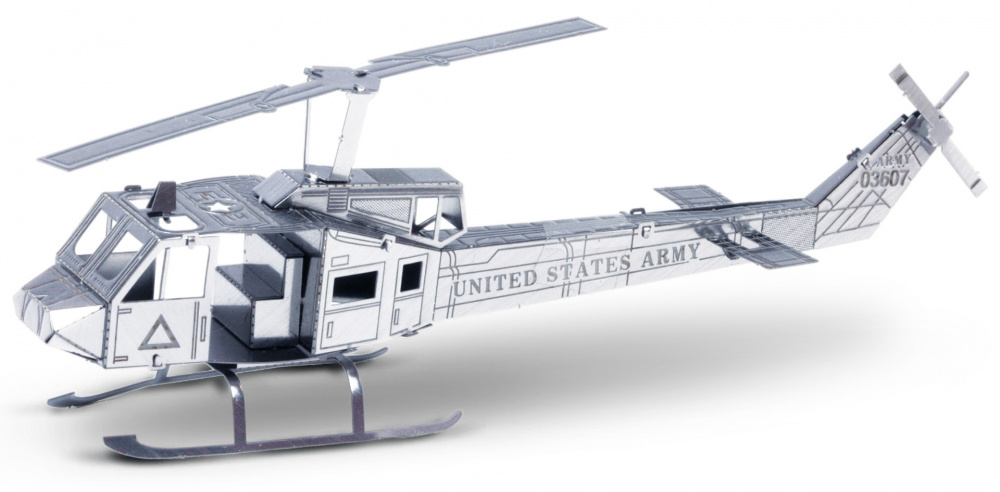 Metal Earth UH-1 helikopter